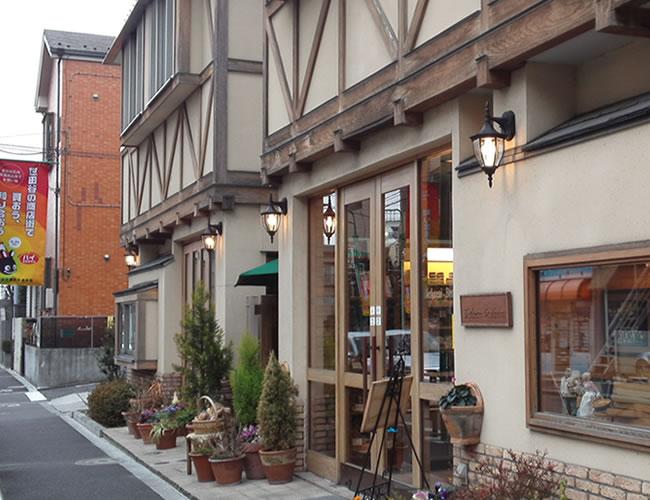 桜新町のパン屋