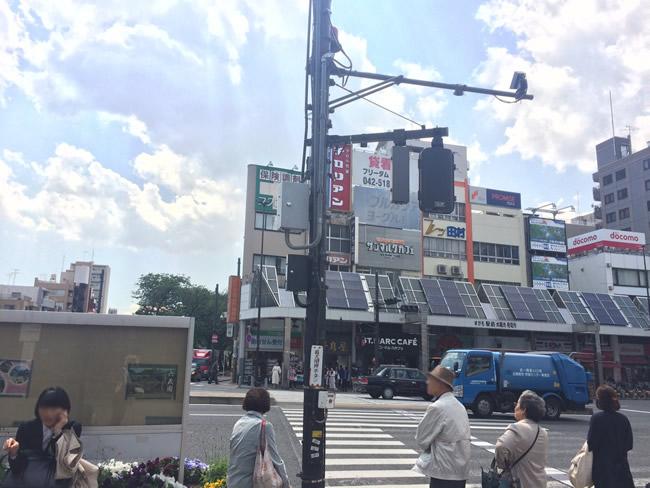 巣鴨駅前の横断歩道