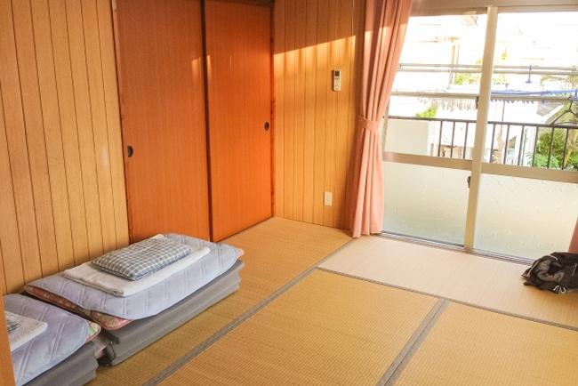 アパートの一室