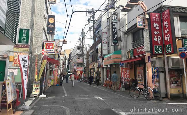遊座大山商店街を歩く