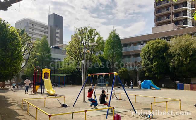 京陽公園では子供が楽しい遊具がたくさん