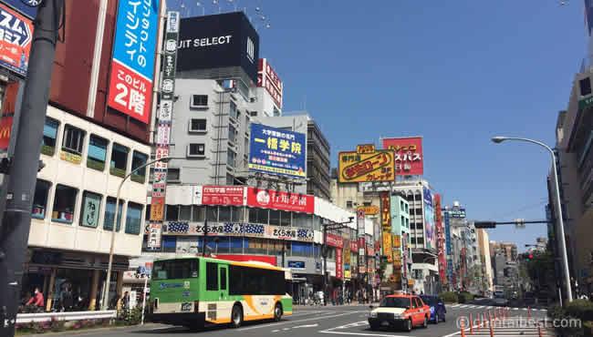 高田馬場の駅前周辺