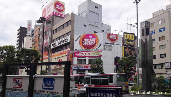 蒲田の駅前風景